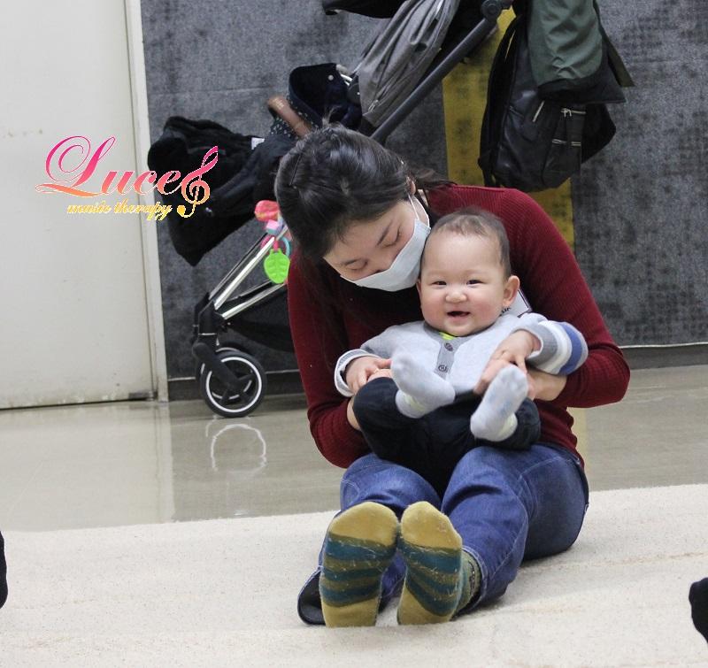 リトミックご入会!令和2年4月生まれ生後10ヶ月Rくん ルーチェリトミック姫路駅前教室