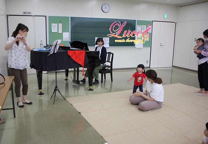 ルーチェリトミックの人気の1つ!「フルート&ピアノミニコンサート」0歳~姫路ルーチェリトミック