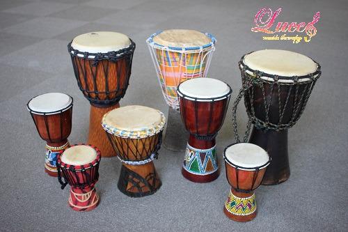 【リトミックレッスン】大人気の西アフリカの楽器『ジャンベ』がたくさん登場! 姫路市リトミック教室