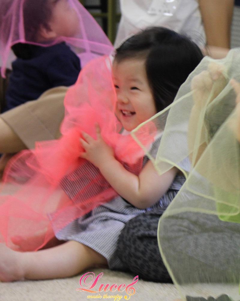 0歳児赤ちゃんベビーリトミックのお問い合わせも増えてきています!0歳~姫路ルーチェリトミック